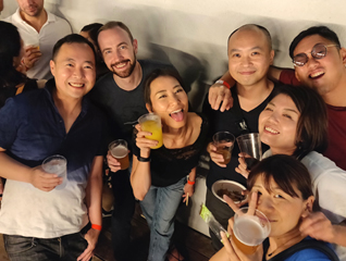 foreigners living in osaka
