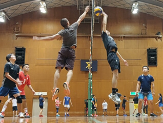 nice volleyball game with japanese